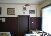 Vltavan,rodina,knihovna-06.2013 094